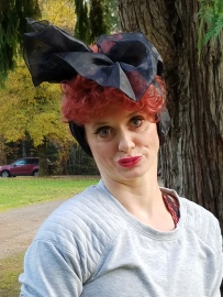 Hayley Espelund won best adult costume as I Love Lucy, and won the Women's 3K